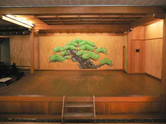 noh-stage-pine-tree-7