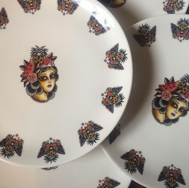 plate-kim-anh-nguyen-tableware-bone-china-temple-prayer