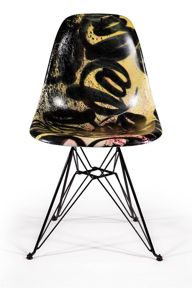 seratla-modernica-fiberglass-eiffel-chair-soze-gallery-2015
