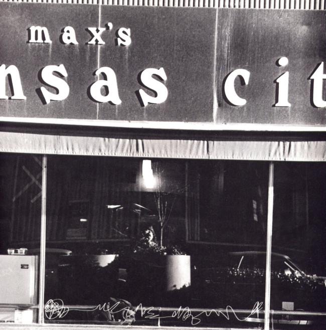 michael-heizer-etched-window-maxs-kanses-city-1972