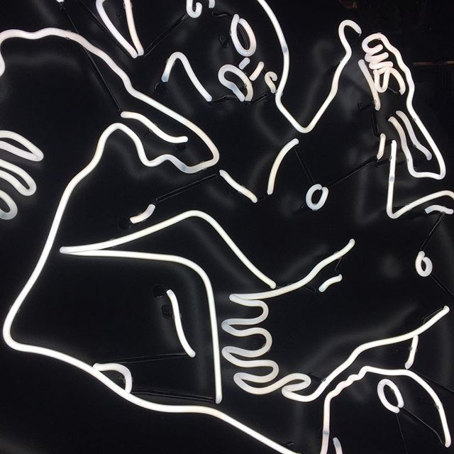 neon-light-installation-cleon-peterson-lisa-schulte-collaboration-4