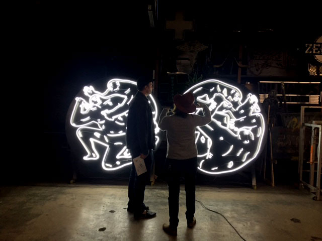 neon-light-installation-cleon-peterson-lisa-schulte-collaboration-5