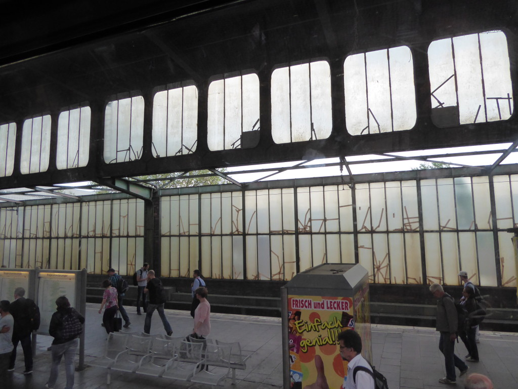 taped-windows-duisburg-station-3