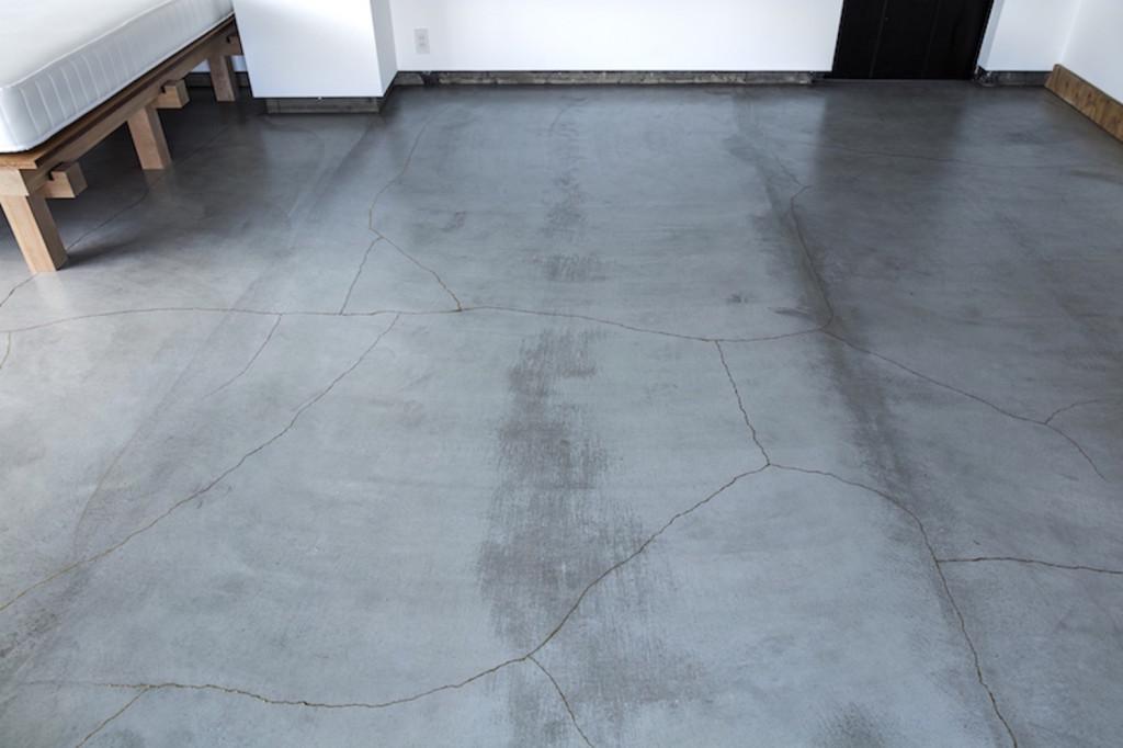kintsugi-floor-tank-architecture-xchange-apartments c