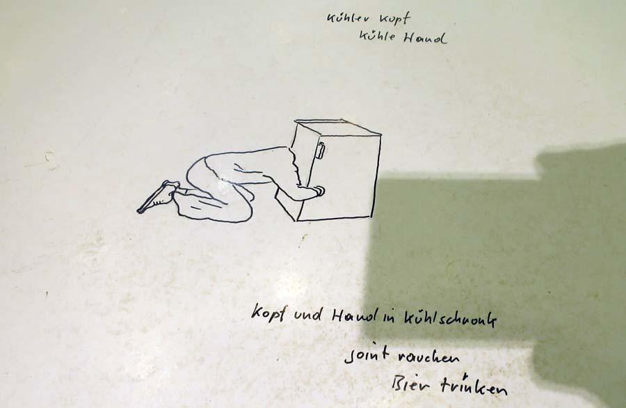 Erwin-Wurm-copyright-Holger-jacobs-13-900